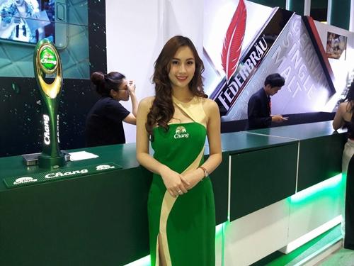 [ชมภาพชุด] สาวๆ THAIFEX2017 ชวนชม...มหกรรมแสดงสินค้าอาหาร-เครื่องดื่ม 3 วันสุดท้าย!