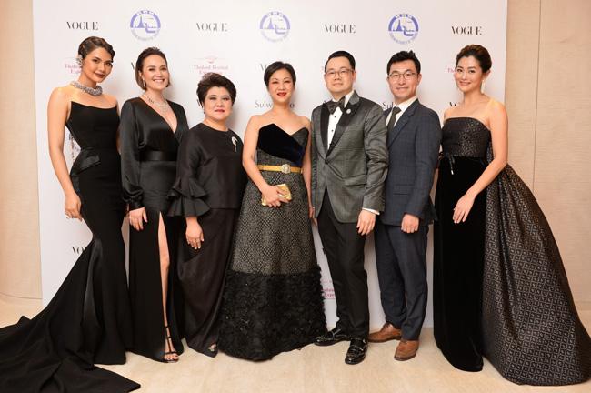 """""""นุ่น วรนุช-หน่อย บุษกร"""" ร่วมงาน  """"Vogue Gala""""  ประมูลมาสเตอร์พีซจาก 15 แบรนด์ดังระดับโลก"""