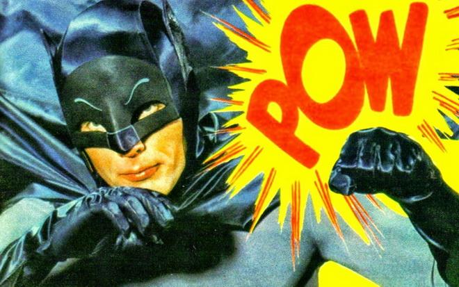 """ลาก่อน Batman """"อดัม เวสต์"""" มนุษย์ค้างคาวรุ่นบุกเบิกสิ้นลมแล้ว"""