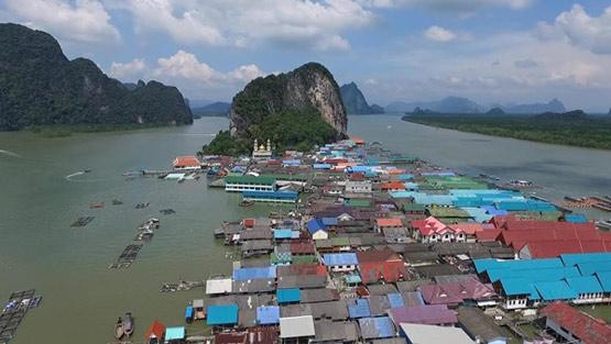 หมู่บ้านเกาะปันหยี อ.เมือง จ.พังงา อีกหนึ่งชุมชนที่ได้รับผลกระทบจากการประกาศใช้พระราชบัญญัติการเดินเรือในน่านน้ำไทยฉบับใหม่