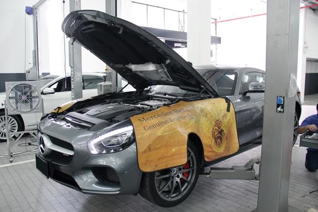 ลิฟท์ยกสำหรับรถ Mercedes-AMG