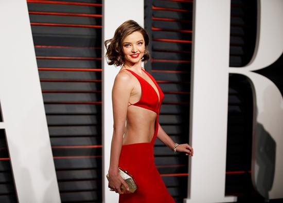 Model Miranda Kerr turns in $8.1m in jewelry tied to Malaysia scandal