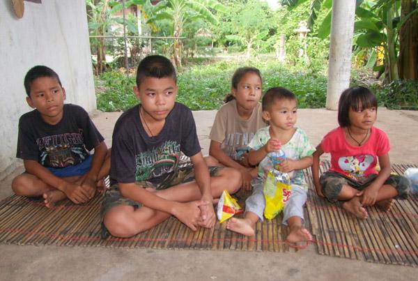 ยอดทะลุครึ่งล้าน...แห่บริจาคช่วยเด็ก 5 พี่น้องสุดเวทนาถูกทิ้งอยู่ลำพังในบ้านเช่า-ตั้ง กก.ร่วมดูแลเงิน