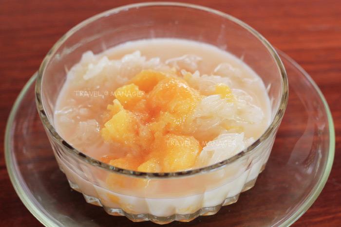 """""""ลูกจันน้ำกะทิ"""" ขนมไทยหอมหวนชวนกินของบ้านจันเสน"""