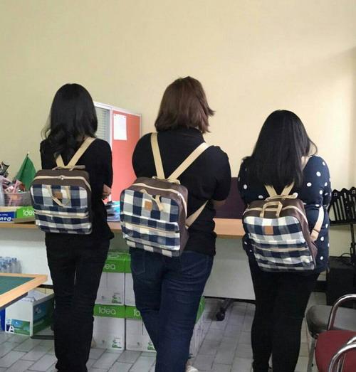 กระเป๋าเป้ โดนใจทุกเพศทุกวัย