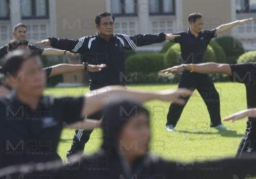 พล.อ.ประยุทธ์ จันทร์โอชา นายกรัฐมนตรีและหัวหน้าคณะรักษาความสงบแห่งชาติ (แฟ้มภาพ)