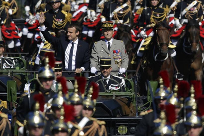 """InClip: ศึกภายในฝรั่งเศสระอุ """"ปธน.มาครง"""" ตั้งผบ.สส.คนใหม่ทันที หลัง """"เดอ วิลลิเยร์""""ผู้นำกองทัพคนเก่ายื่นใบลาออกวันนี้!"""