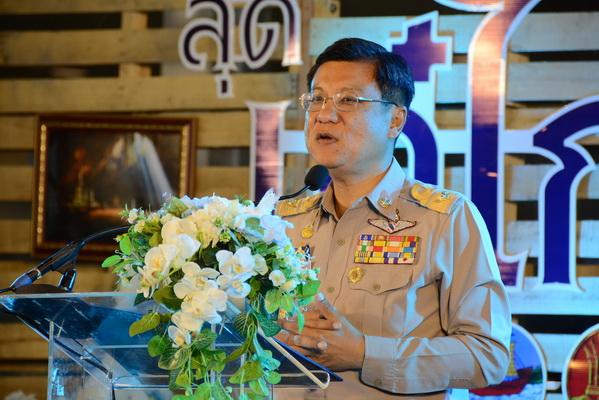 """นายชยาวุธ จันทร ผู้ว่าราชการจังหวัดอุดรธานี เป็นประธานเปิดงาน """"เพชรสมุทรคีรี วิถีไทย ประชารัฐ"""""""