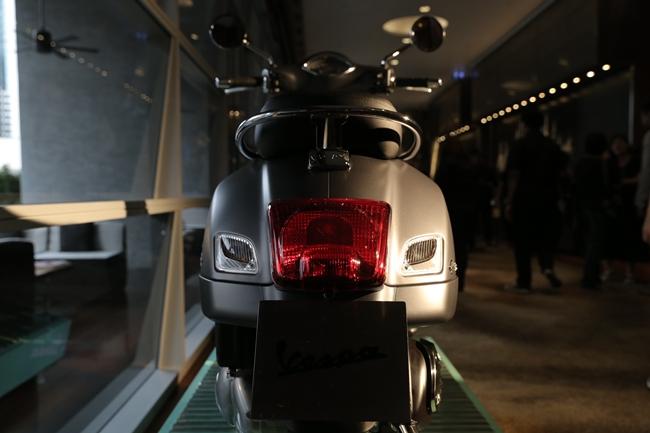 เวสป้า จีทีเอส ซูเปอร์ 300 ABS