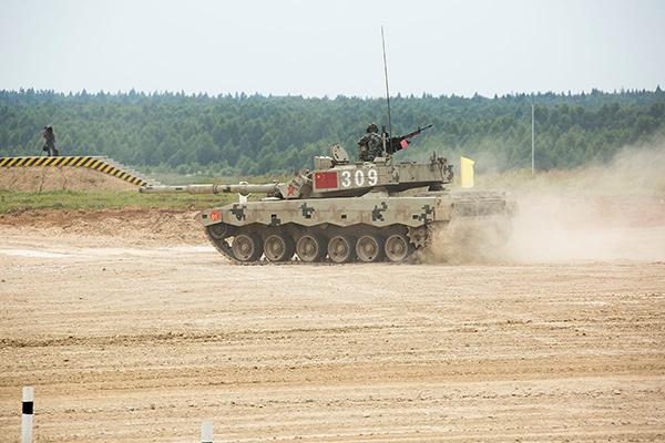 <br><FONT color=#00003>ผู้แข่งขันสามารถนำรถถังของตนไปแข่งได้ รวมทั้งจีนที่จัด Type-99 ไปสองปีซ้อน และ อินเดียขนรถถังพิศมา (Bishma) ไปด้วย ซึ่งก็คือ T-90M ที่ผลิตเอง .. แต่ทั้งสองทีมยังไม่เคย เอาชนะทีม T-72B3 รัสเซียได้ หลังฝึกซ้อมมานับปี ปีนี้ต้องพิสูจน์กัน.  </b>