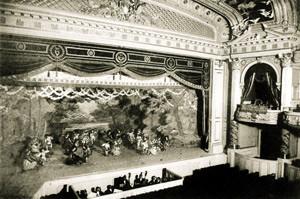 เวทีของโรงละครอิมพีเรียล
