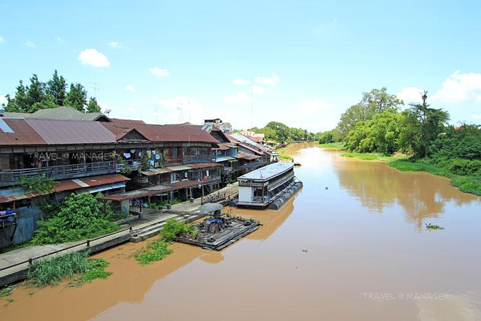 บรรยากาศริมแม่น้ำสุพรรณ หรือแม่น้ำท่าจีน