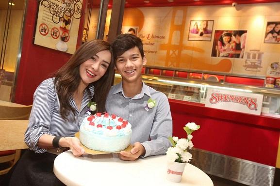 Swensen's ส่งมอบความรักผ่านไอศกรีมเค้ก Love Mom Cake