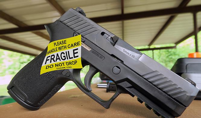 หึ่งวงการ .. ตำรวจดัลลัสห้ามกำลังพลพก P320 ข้องใจทำหล่นแล้วปืนลั่น