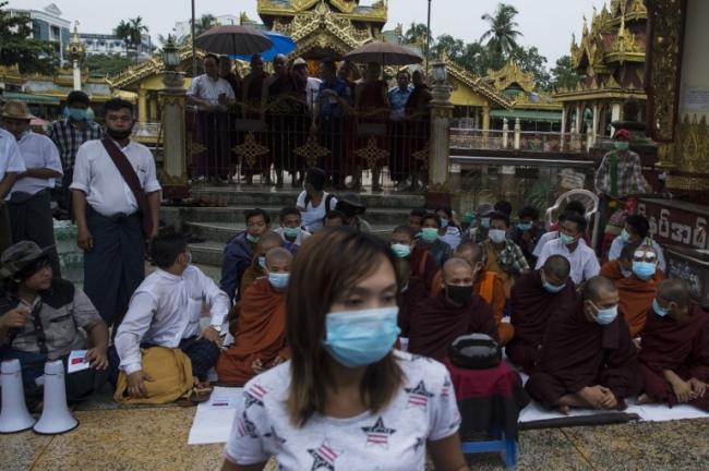 ชาวพุทธพม่าชาตินิยมชุมนุมประท้วงโวยรัฐไม่ปกป้องศาสนา