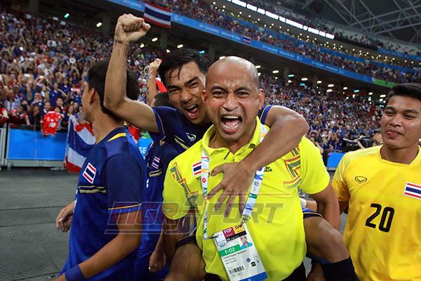 โค้ชโชค สุดเซ็งเกมรุกทีมชาติไทยชุดซีเกมส์ ชอบส่งคืนหลัง