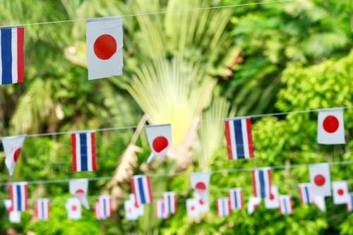 """สาธิตจุฬาฯ-ญี่ปุ่นจับมือเป็น """"ร.ร.พี่น้อง"""" จัดห้องเรียนร่วมดนตรี-ศิลปะผ่านสไกป์ ส่ง นร.แลกเปลี่ยนวัฒนธรรม"""