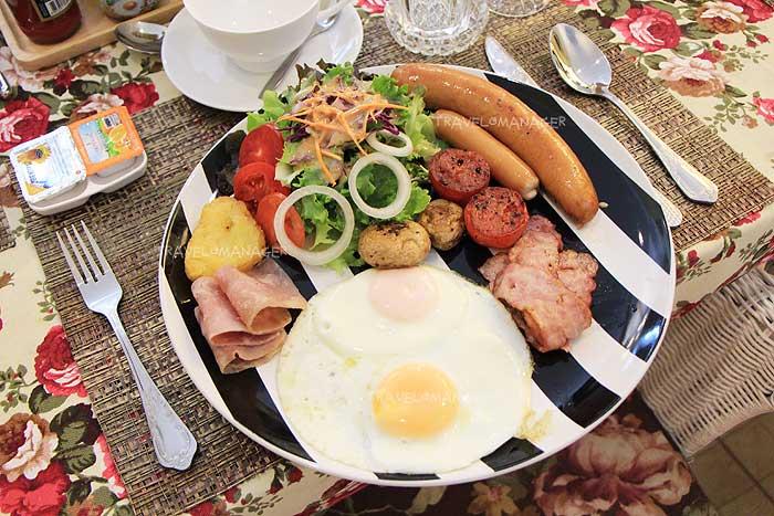 อาหารเช้าแบบ Full English Breakfast
