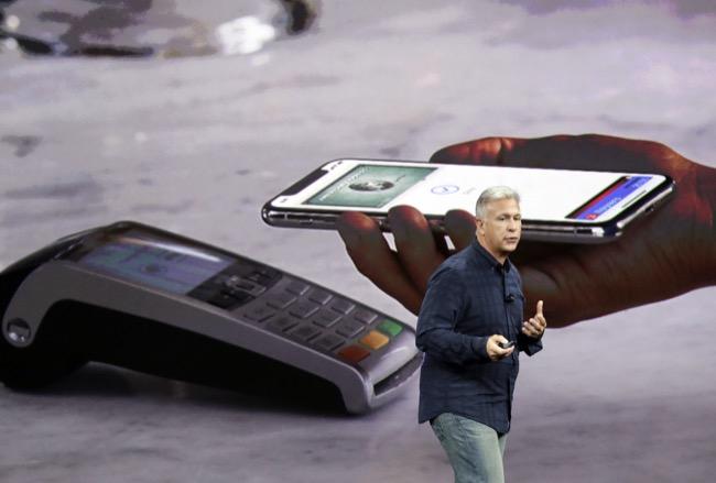 iPhone X รองรับการจ่ายเงินไร้สาย