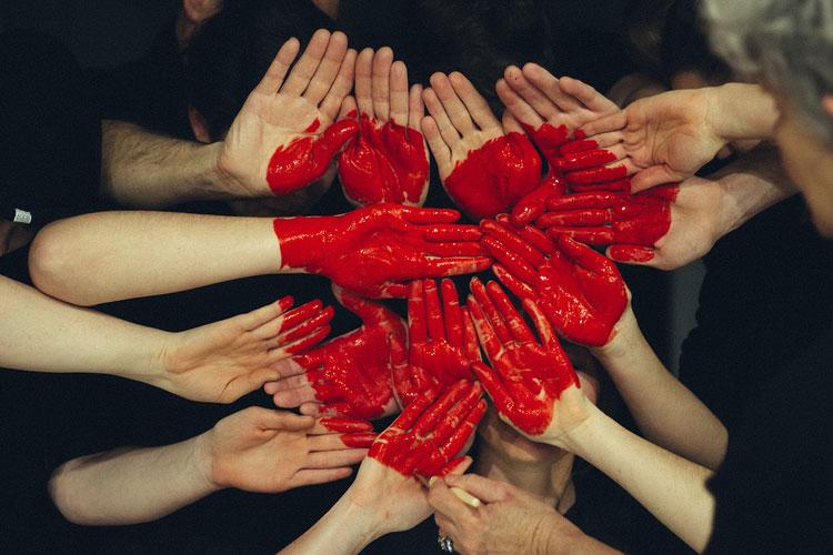 เพราะหัวใจคนไทยอ่อนแอ...รณรงค์ขอพื้นที่ 0.1 ตรม. เพื่อรัศมี 650 เมตร ให้หัวใจคนไทยทุกดวงปลอดภัยจากโรคหัวใจหยุดเต้นเฉียบพลัน ณ วันหัวใจโลก 29 กันยายน