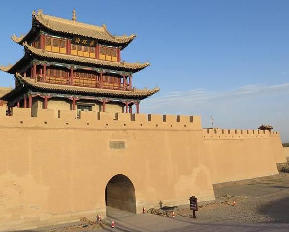 จยาอี้ว์กวน เป็นด่านแรกของกำแพงเมืองจีนในภาคตะวันตก เป็นด่านสำคัญ และรักษาสภาพได้ดีที่สุด ในหมู่ด่านกว่าพันแห่งบนกำแพงเมืองจีน (ภาพ MGR ONLINE)