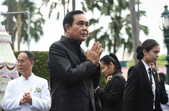 Thailand expects 250,000 to attend late king's cremation