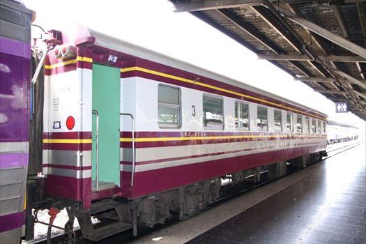 จัดรถไฟฟรี 22 ขบวน รับเดินทางร่วมพระราชพิธี วันที่ 23-31 ต.ค.