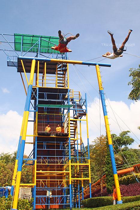 มาเล่น Giant Swing ชิงช้ายักษ์