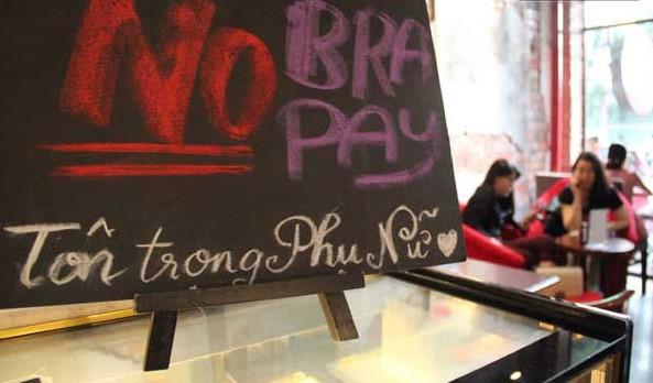 <br><FONT color=#00003>ไม่สวมชั้นใน ไม่ต้องจ่าย.. อย่าลืม 13 ต.ค. เจอกันที่ร้านกาแฟอร่อย. </b>