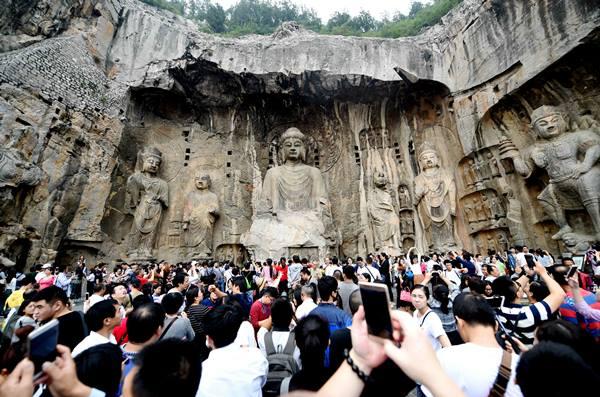 ไทยขึ้นแท่นแหล่งท่องเที่ยวยอดฮิตอันดับ 2 ของนักท่องเที่ยวจีนช่วงสัปดาห์ทองหยุดยาว (ชมภาพ)