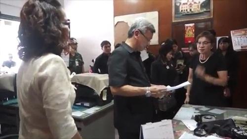 พ่อเมืองนครปฐม ลงพื้นที่ตรวจสอบราคาสินค้าป้องกันร้านค้าโก่งราคา