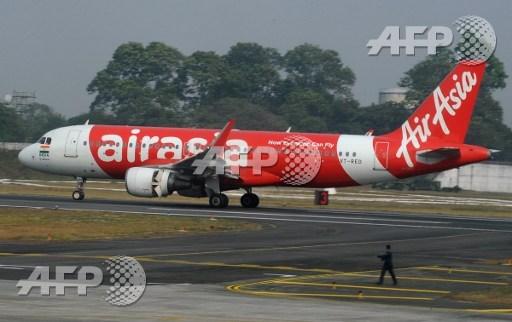 Terror as AirAsia flight turns back to Australia