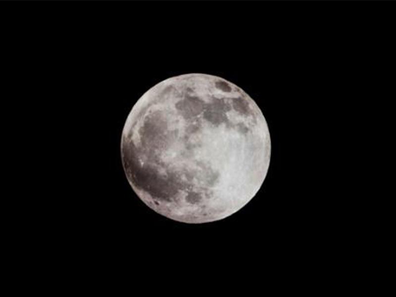 พบถ้ำใหญ่บนดวงจันทร์คาดจะใช้เป็นฐานพักพิงก่อนมุ่งหน้าดาวอังคาร