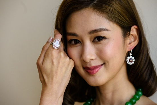 Hong Kong set to auction $42 million 'Pink Promise' diamond
