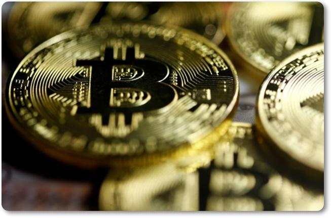 """เงินดิจิตอล """" บิทคอยน์"""" ทำสถิตินิวไฮครั้งประวัติศาสตร์ ไต่ทะลุ 7,000 ดอลลาร์ เป็นครั้งแรก"""
