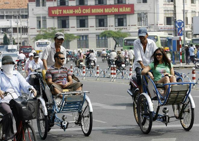 ท่องเที่ยวเฟื่องฟู ปีนี้คนแห่เข้าเวียดนามเกินคาด 10 เดือนพุ่งเลย 10 ล้าน