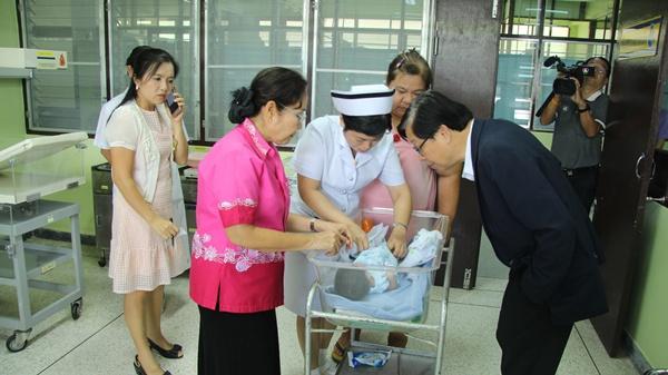 แม่ใจร้าย! ทิ้งลูกแรกเกิดในโรงพยาบาลตะกั่วป่าแถมเงินอีก 2 พัน