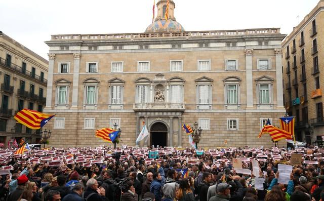 ศาลรธน.สเปนพิพากษาให้การประกาศเอกราชฝ่ายเดียวของรัฐสภากาตาลุญญา'เป็นโมฆะ'