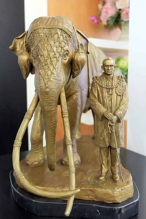 ช้างเผือกเชือกแรกในพระบาทสมเด็จพระเจ้าอยู่หัวฯ รัชกาลที่ ๙