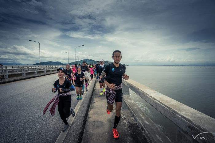 ปรากฏการณ์พี่ตูน บอดี้สแลม ก้าวคนละก้าว วิ่งเบตง-แม่สาย ยังแรงต่อเนื่อง(ภาพ จากเพจ ก้าว)