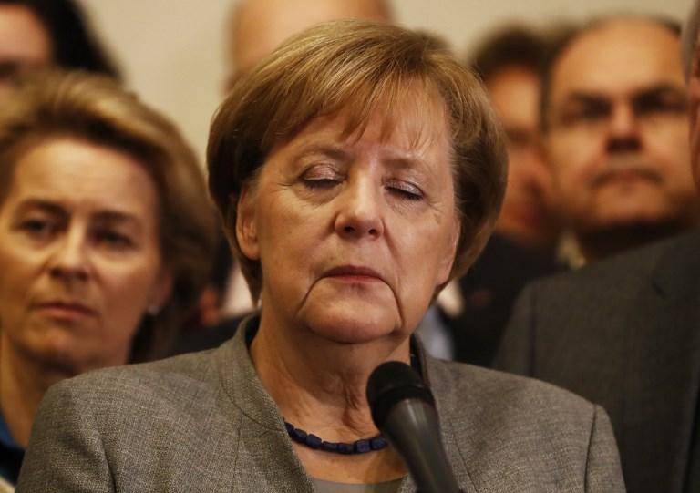 """เยอรมันระส่ำ! """"แมร์เคิล"""" ส่อกลายเป็น """"เป็ดง่อย"""" หลังจับขั้ว 2 พรรคเล็กตั้งรบ.ผสมไม่สำเร็จ"""