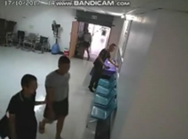เวลา 14.15 น. พ.อ.หญิง ยุพรฯ ผช.ผอ.กองแพทย์ฯ ได้พา น้องเมยเข้าไปคุยต่อในห้องรับรองเพื่อหารือ เรื่องที่น้องไม่สบายใจ