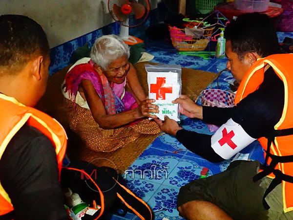 น้ำท่วมเมืองลุงยังไม่คลี่คลาย ผู้สูงอายุตามหมู่บ้านเริ่มเจอกับภาวะเครียดสะสม