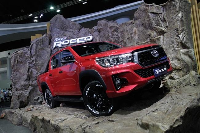 โตโยต้า ไฮลักซ์ รีโว่ ร็อคโค่ (Toyota Hilux Revo Rocco)