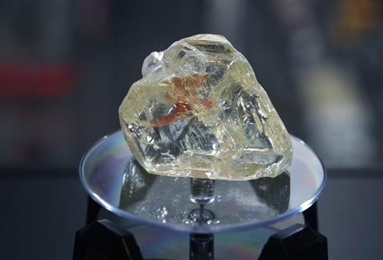 Sierra Leone's huge 'peace diamond' fetches $6.5 mn