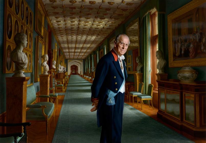 พระฉายาสาทิสลักษณ์ใหม่ของเจ้าชายฟิลิป พระราชสวามีในสมเด็จพระราชินีนาถเอลิซาเบธที่ 2 ซึ่งวาดโดยจิตรกรชาวออสเตรเลีย ราล์ฟ ไฮแมนส์
