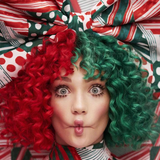 """ประเดิมการทำงานกับค่ายใหม่ """"เซีย"""" Sia  ปล่อยอัลบั้ม """"Everyday Is Christmas"""""""