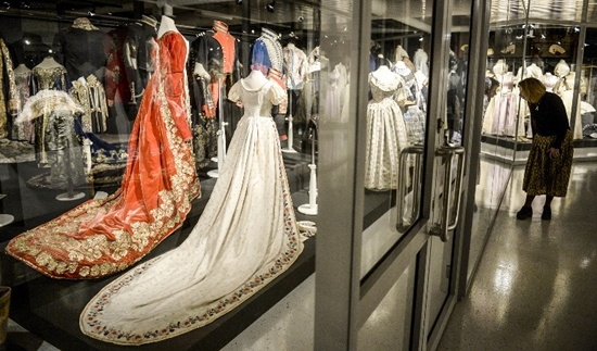 Russia's Hermitage puts rare collection of tsars' clothes on show