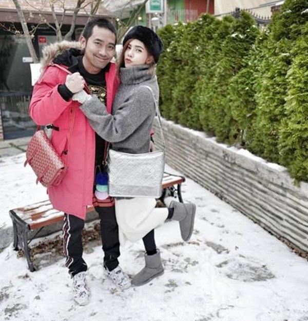 """ขนลุกซู่!! """"อุ้ม ลักขณา"""" ควง """"บอล กฤษณะ"""" พร้อมลูกสาวกระชับรักที่เกาหลี"""