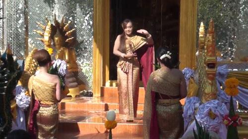 ทำตามสัญญา !! ผู้ใหญ่บ้านสาวเมืองกรุงเก่าจัดนางรำมาแก้บนและบูรณะวิหารหลวงพ่อโต